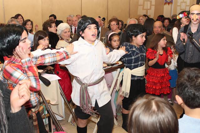Αποκριάτικα τραγούδια στο Άργος από την χορωδία του Συλλόγου «Τελέσιλλα»  με το τμήμα «Αναπολώντας»