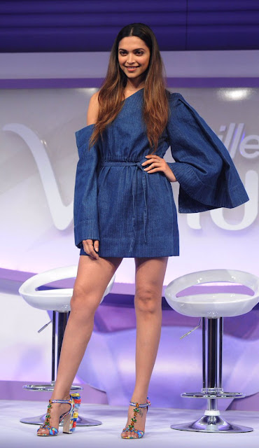 Deepika Padukone at Gillette Venus Breeze Launch