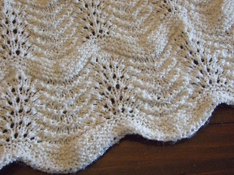 knitnscribble.com: Knit and crochet heirloom baby blanket patterns