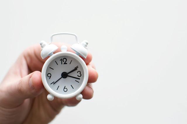 Abreviatura de horas y minutos en portugues