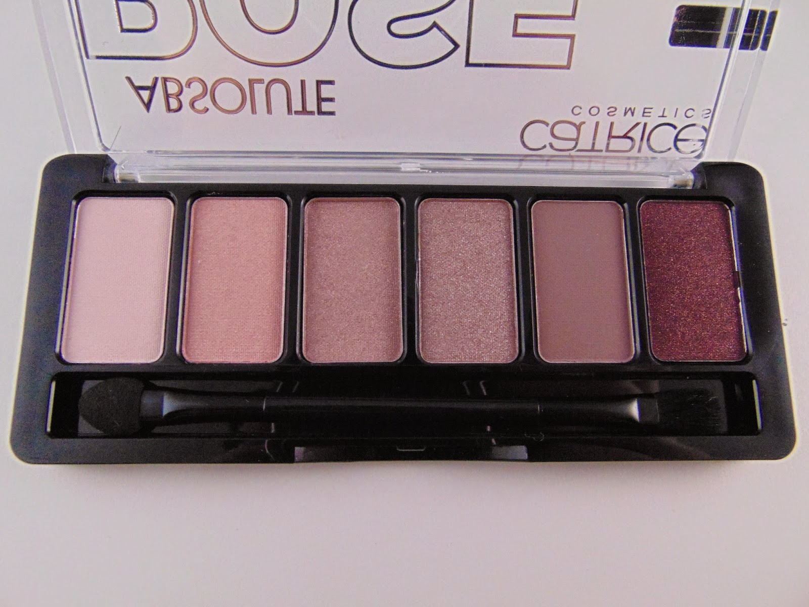 Catrice Rose Absolute Eye Shadow Palette - www.annitschkasblog.de