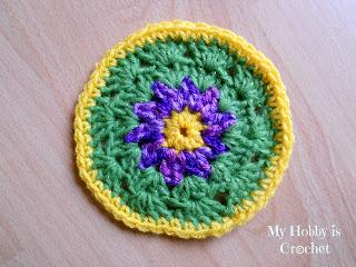 Crochet aster coaster