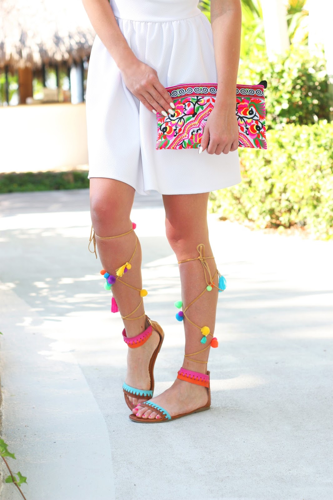 How-to-wear-pom-pom-tassel-sandals-diy-target-style