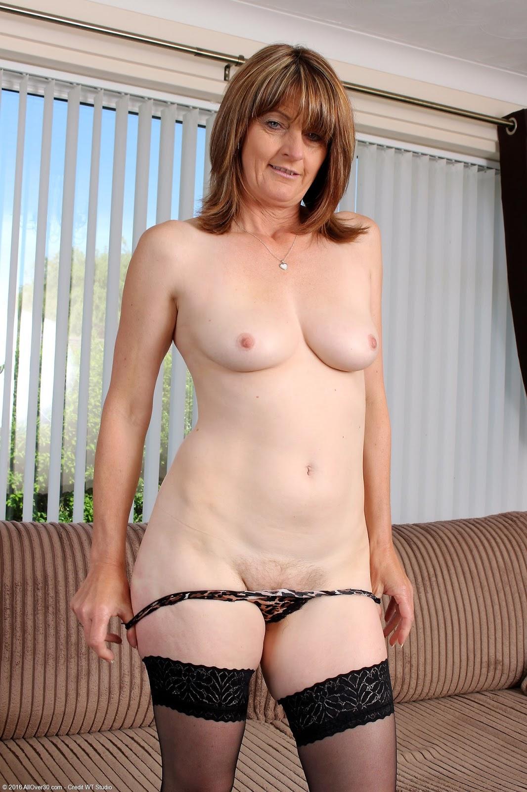 Webcam girl 121 - 2 6