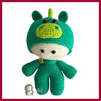 Muñeco dragón amigurumi
