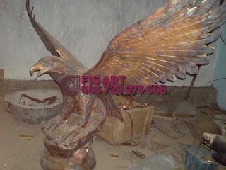 Patung Tembaga Kuningan Garuda