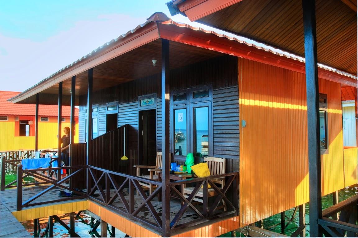 Villa Apung Dira n Reza Pulau Derawan