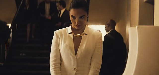Gal Gadot (Diana Prince), în Batman V Superman: Dawn Of Justice