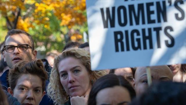 Empleados de Google protestan contra acoso sexual en su empresa