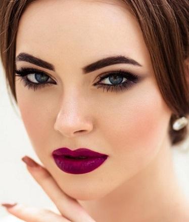 Maquillaje de noche para vestido durazno