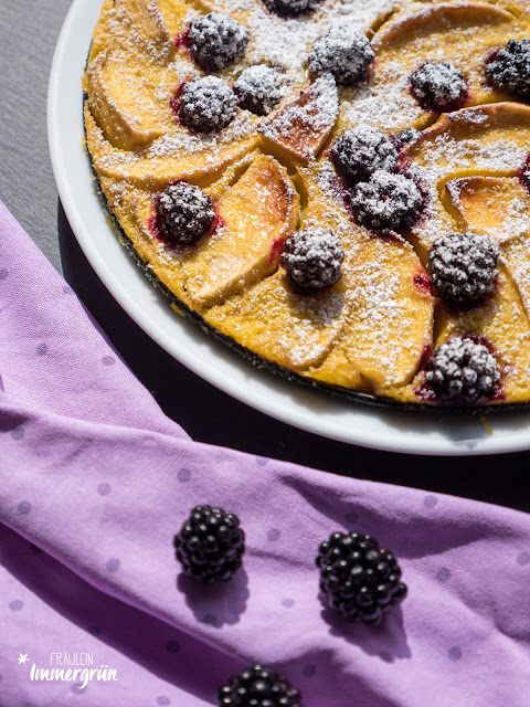 Brombeer-Apfel-Clafoutis