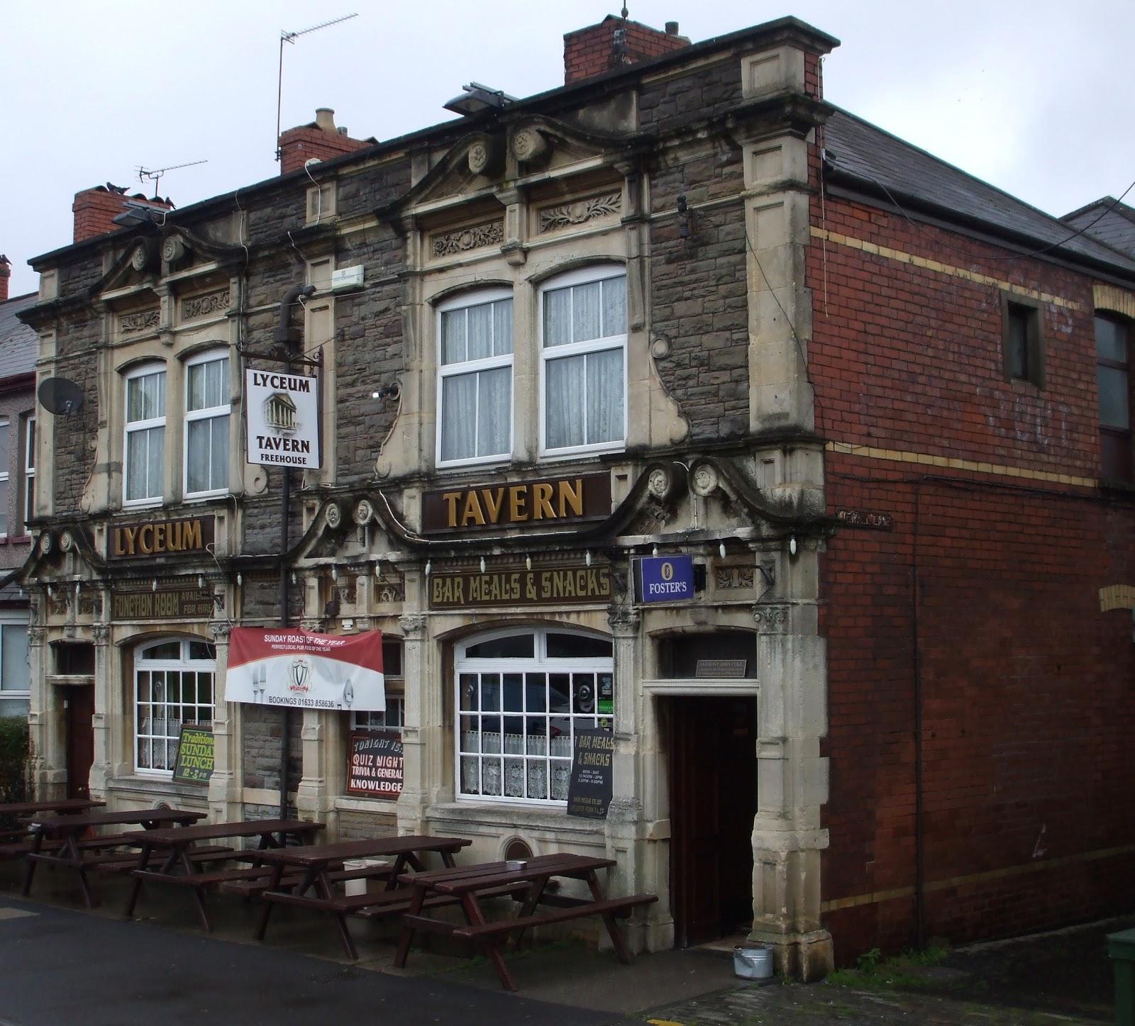 Sofa Malpas Road Newport Stone Brew Wales Lyceum Tavern