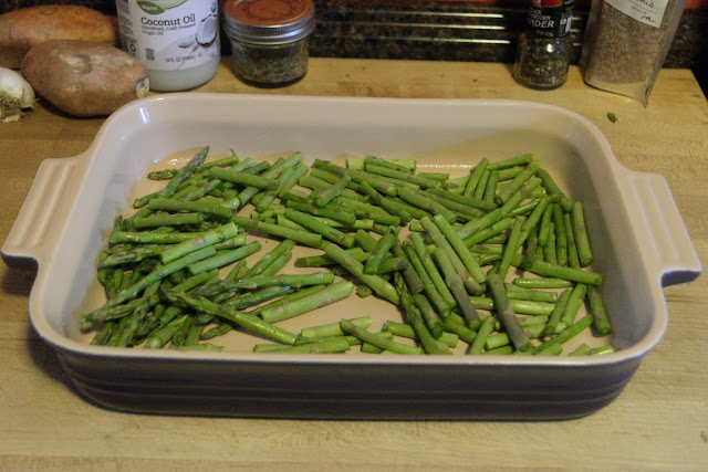 Asparagus in a baking dish