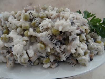 Sałatka z ryżu i pieczarek