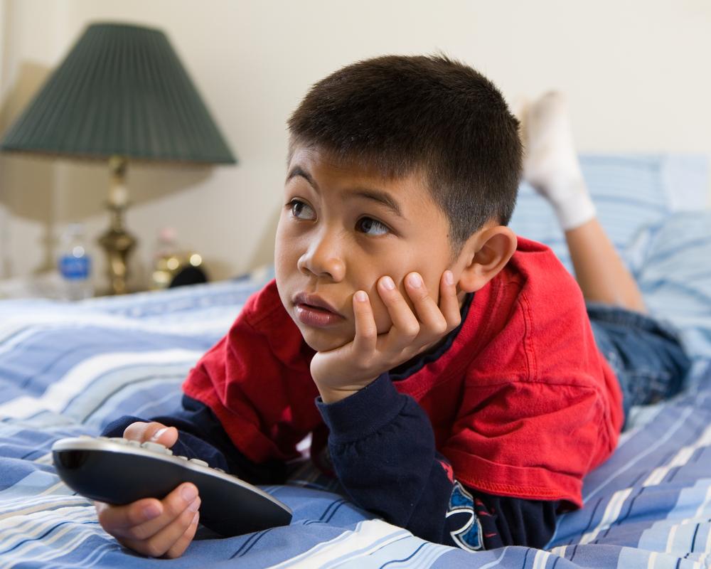 5 Tips Agar Anak Tetap Aman Meski Ditinggal di Rumah Sendirian