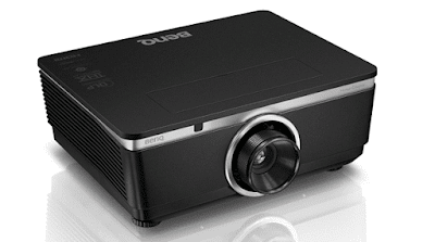 BenQ W8000 DLP Projector