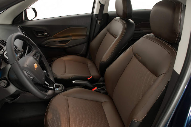 Chevrolet Cobalt 2017 - interior
