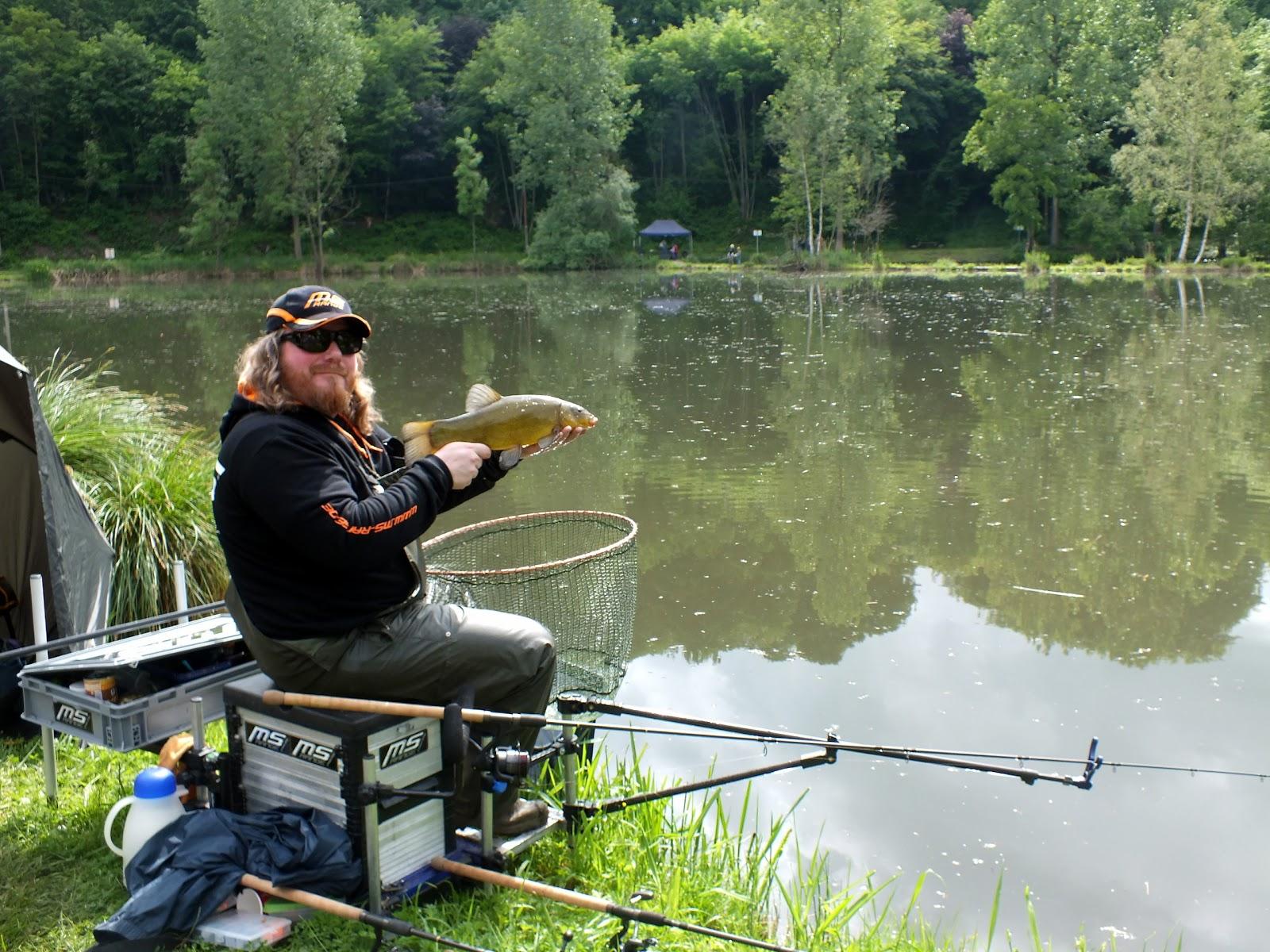 Guru hybride feeder in line système-pêche à la carpe