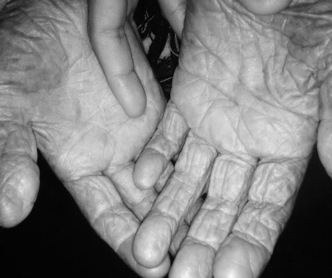POESÍA Hablo de mi abuela | Laura San