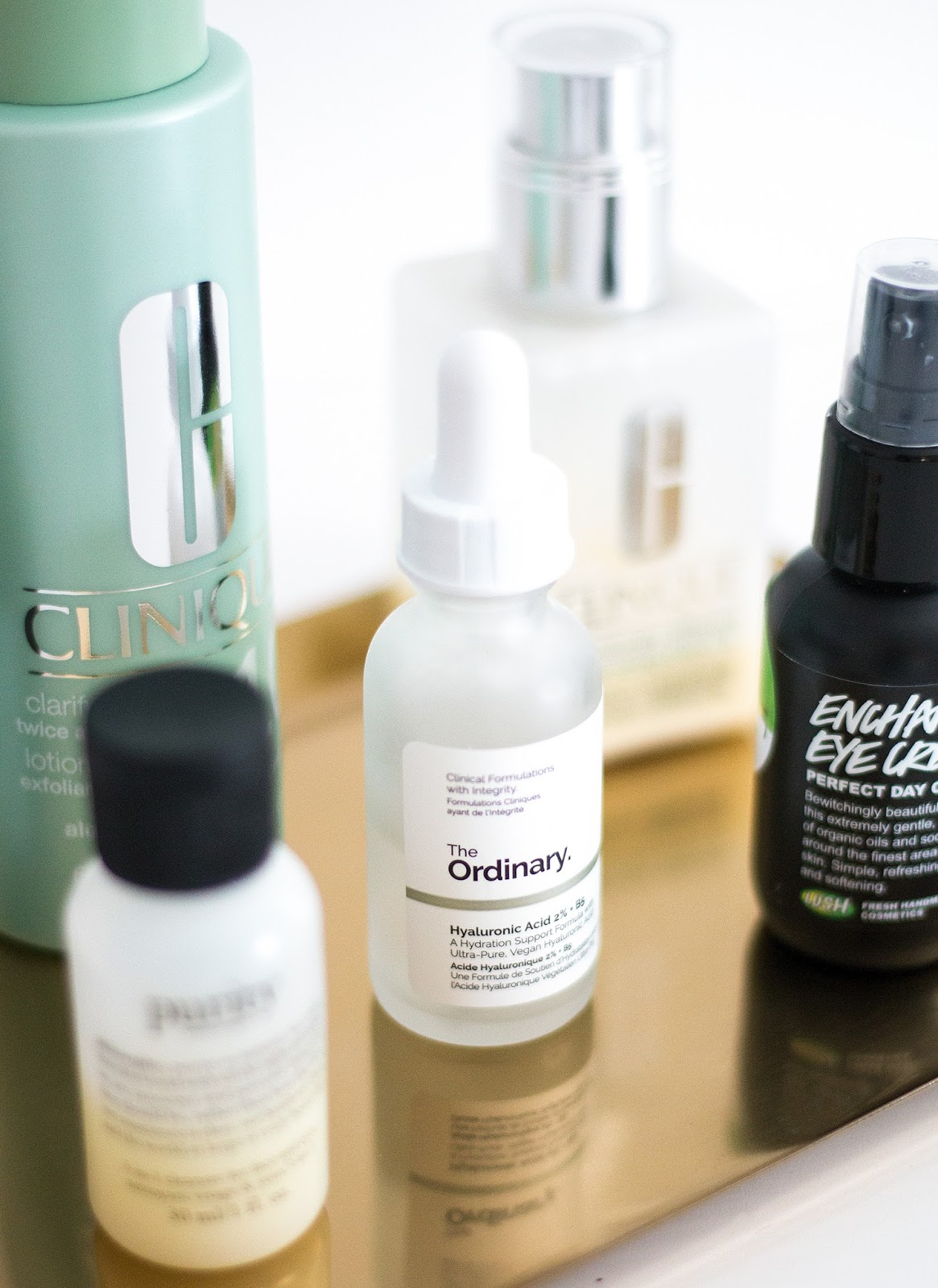 Skincare products | The Ordinary Hyaluronic Acid | Skincare routine for dry skin