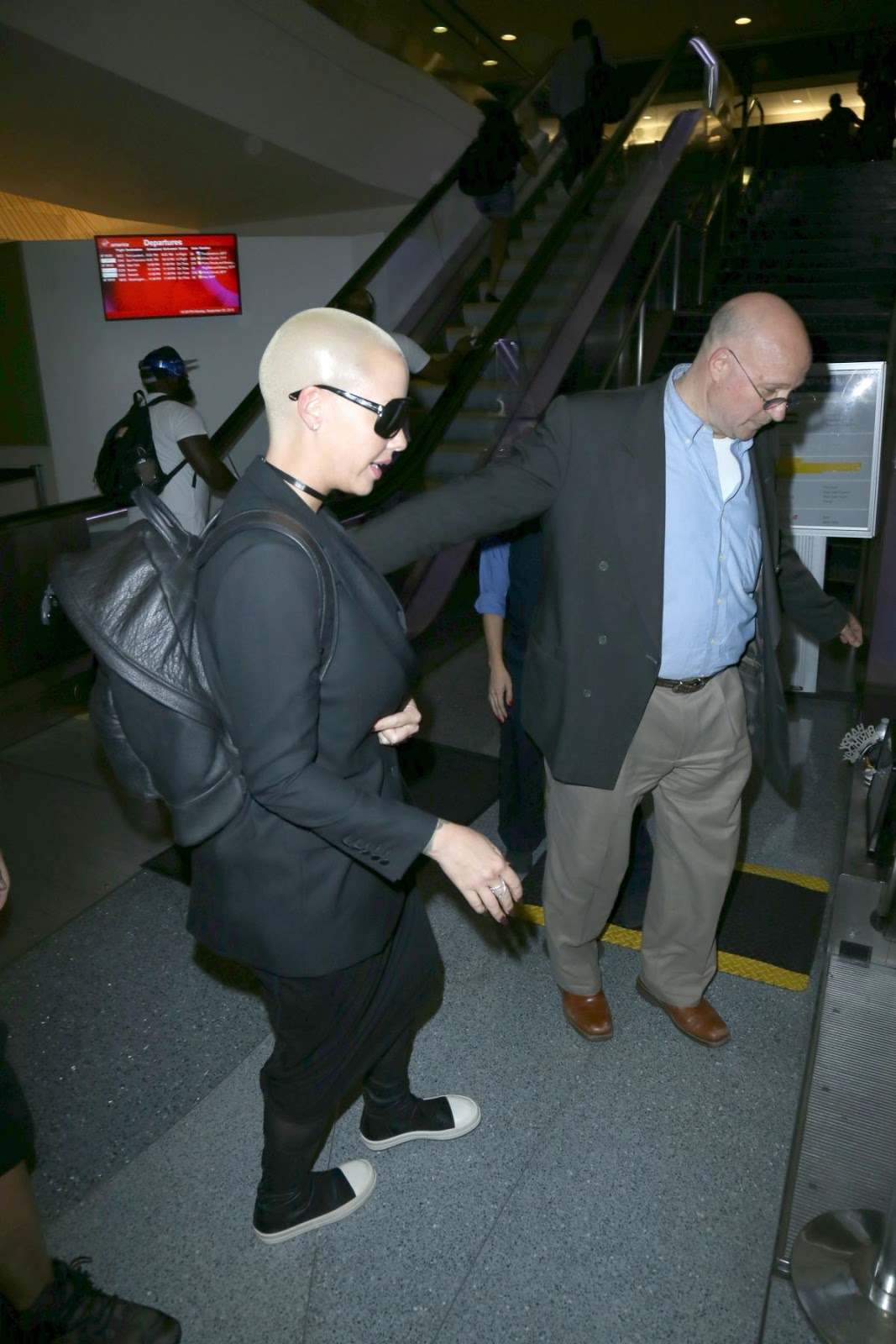 Amber Rose At Lax Airport In Los Angeles