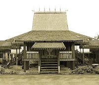 Keunikan-Sejarah-Rumah-Adat-Tradisional-Banjar-Bubungan-Tinggi-Kalimantan-Selatan