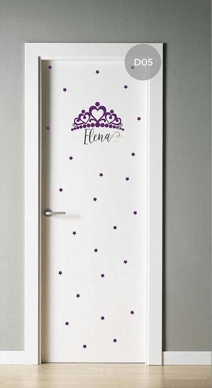 Vinilo decorativo infantil coronita con nombre y estrellas for Puertas de dormitorio