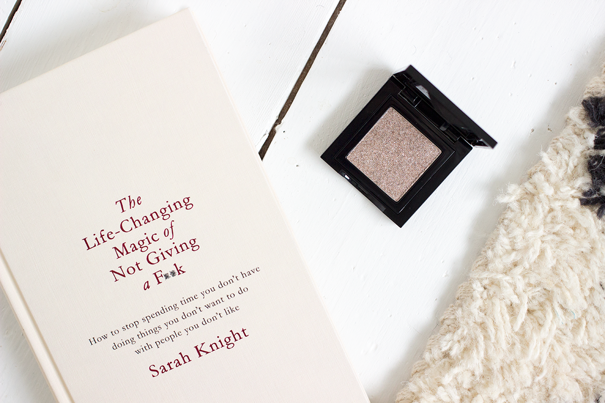 Bobbi Brown Pebble Sparkle Eyeshadow and the Life-changing magic of not giving a f**K