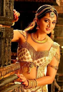 Beautiful Actress Anushka Shetty