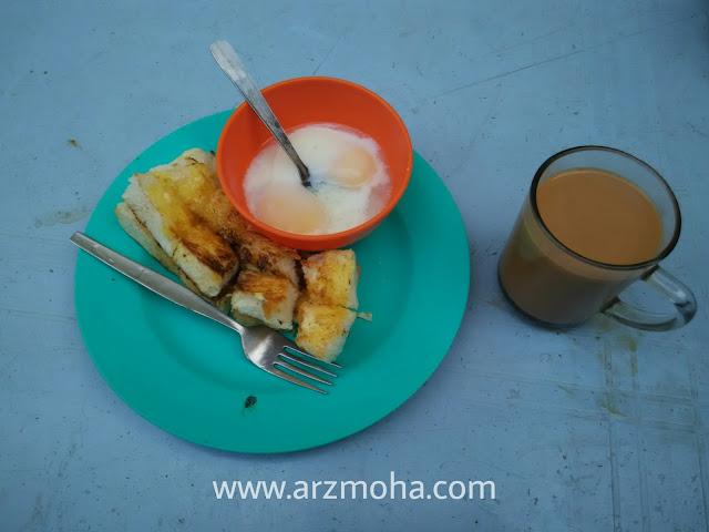 Pulau Pinang Syurga Makanan, roti bakar hutton lane penang, tempat makan best di penang, lokasi makan pagi sedap di penang, tempat makan menarik penang,