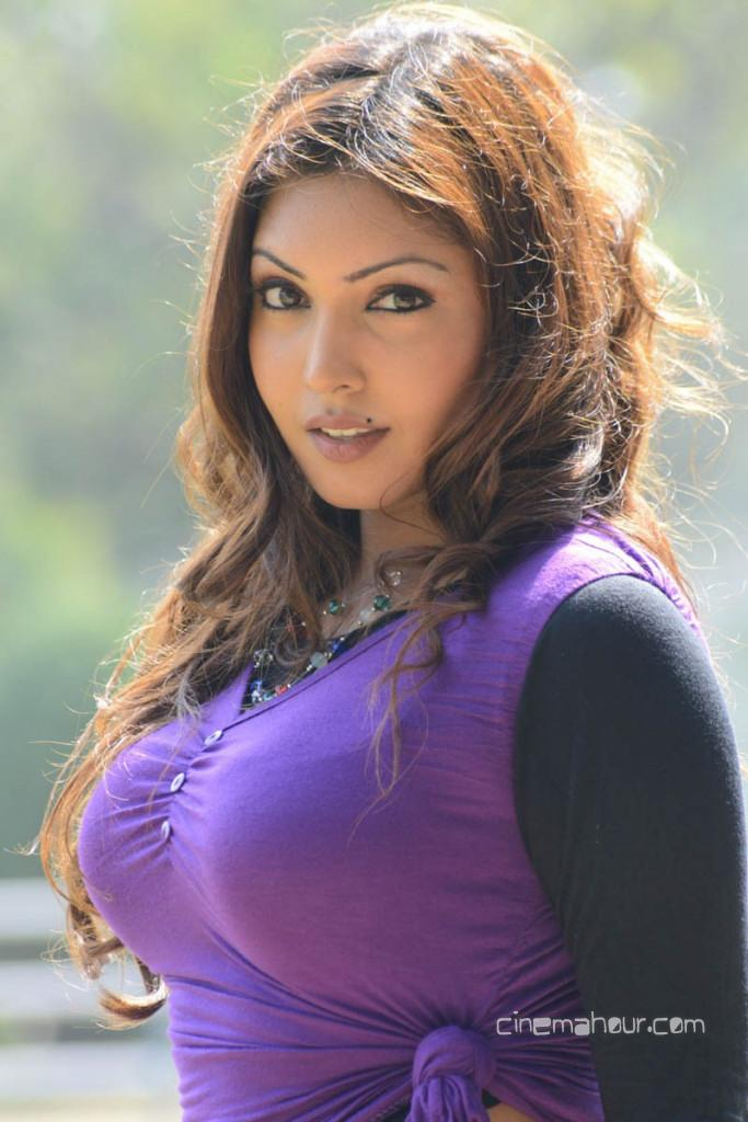 Hot And Cool Komal Jha-3268