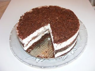 prajitruri, torturi, deseruri, retete, dulciuri, prajitura cremoasa, prajitura de casa cu ciocolata si frisca, cake,