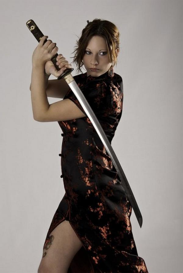 women females weapons - photo #8
