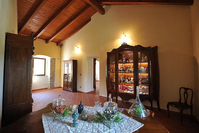 museo del profumo sant'elena sannita