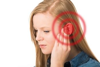 Cara Mengatasi Telinga Berdengung (Berdenging)