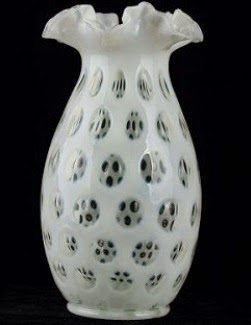 Fenton French Opalescent Coin Dot