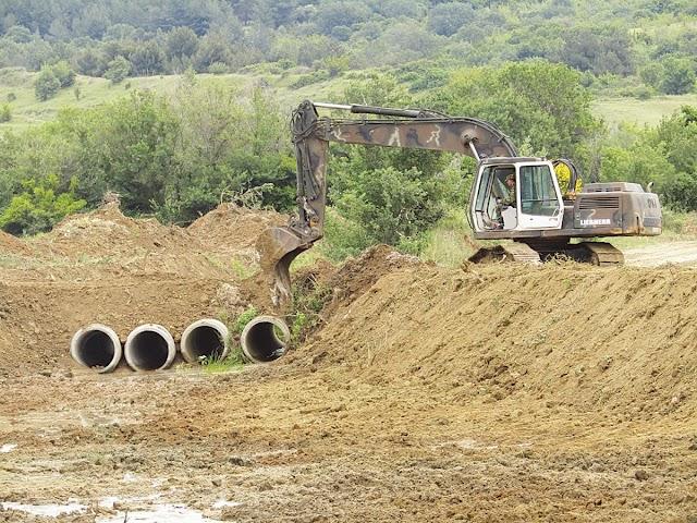 Προμήθεια βαρέων μηχανημάτων με δικαιούχο το ΥΠΕΘΑ για αντιμετώπιση φυσικών καταστροφών στην Πελοπόννησο