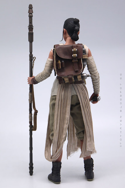 osw.zone Star Wars: The Last Jedi Divisions + Hot Toys 1/6. Scale The Force Awakens Rey Action Figure