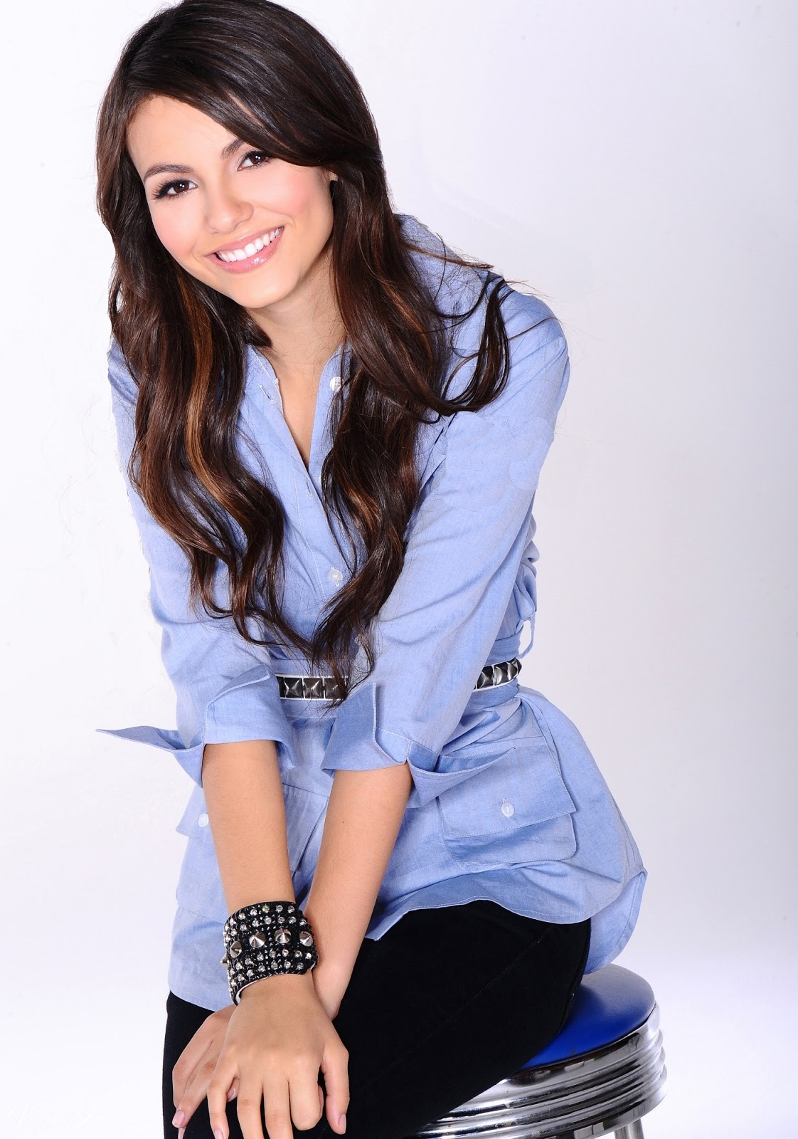Victoria Justice Photoshoot For Nickelodeon