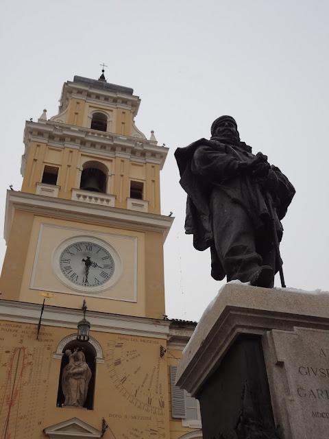 Estatua de Garibaldi en PArma
