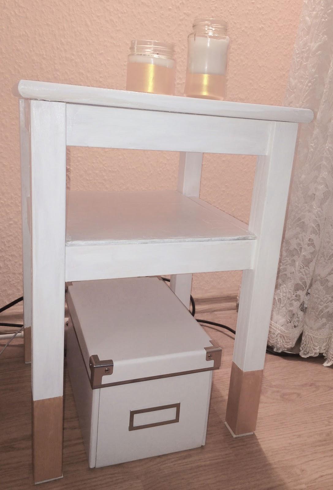 ars textura diy nachttisch ikea hack. Black Bedroom Furniture Sets. Home Design Ideas