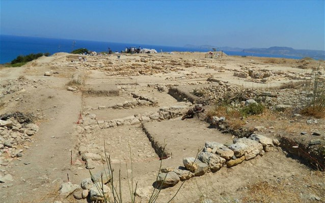 2017 excavations at Minoan cemetery in Petras Siteia concluded