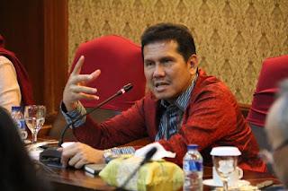 Menteri PAN RB Asman Asnur