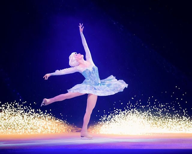 Disney on Ice presents Passport to Adventure at Manchester Arena - Review Frozen Elsa