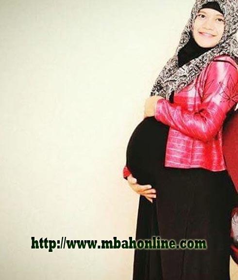 Asian Pregnancy 65