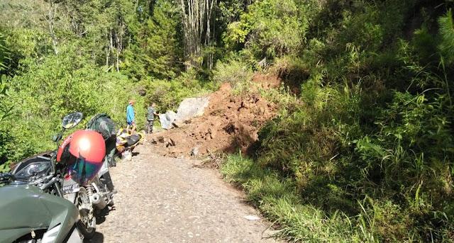 Longsor di Jalan Poros Kapala Pitu-Rindingallo, Akses Jalan Terputus