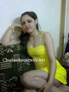 indian housewife hot boobs pics