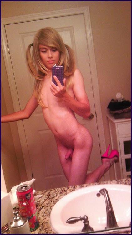 A cute american tranny masturbates her cute postop friend 5