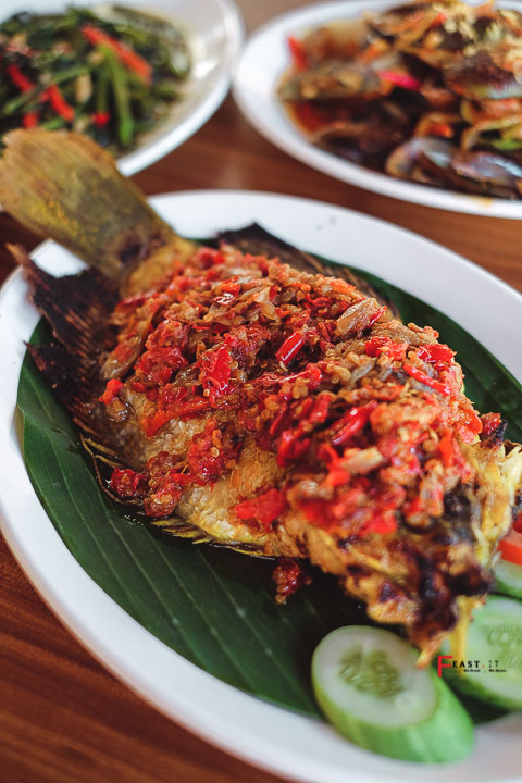 Feast It Indonesia Food And Travel Blogger Oplet Ijo Palembang