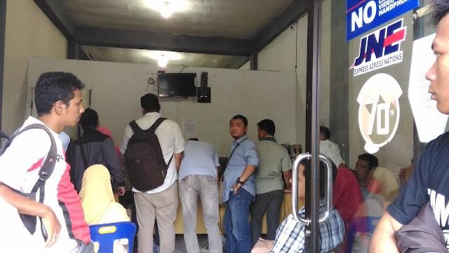 Pelayanan JNE di Aceh Amburadul, Pelanggan Pun Kecewa